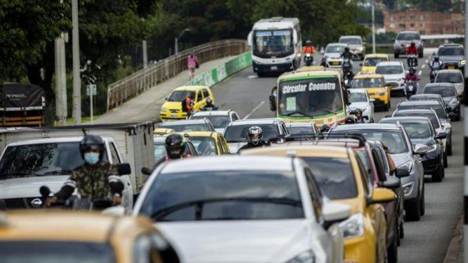Alcaldes de todo el Valle de Aburrá se acogieron a la medida de pico y placa que se retoma este lunes - Noticias de Colombia