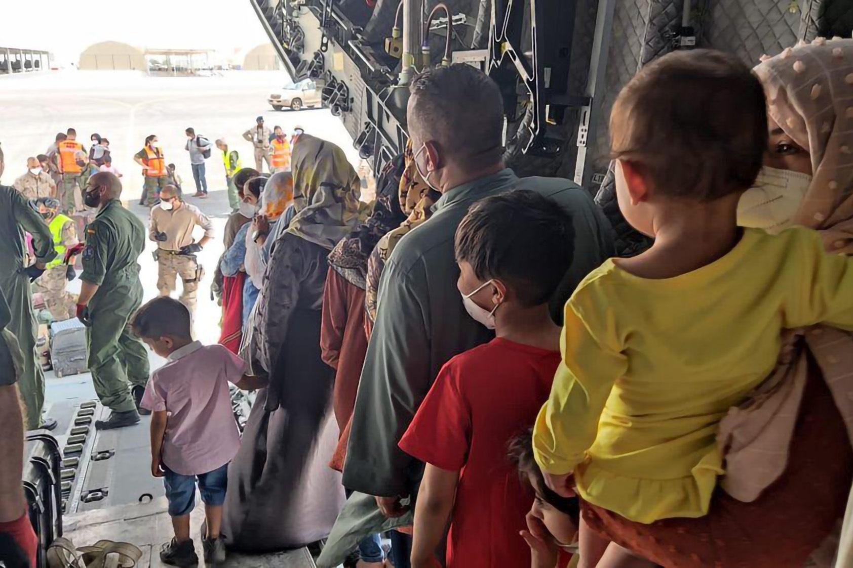 4000 afganos llegarían a Colombia tras acuerdo con Estados Unidos