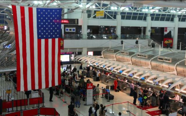 ¿Piensa viajar a EE.UU. este fin de año? Tome nota de las exigencias que implementará este país para los viajeros desde noviembre